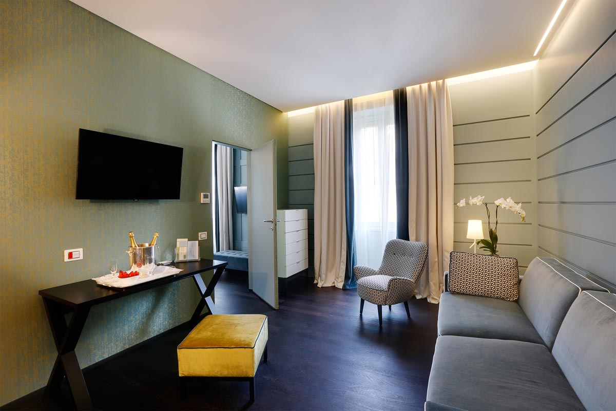 Stendhal Luxury Suites - Royal Suite